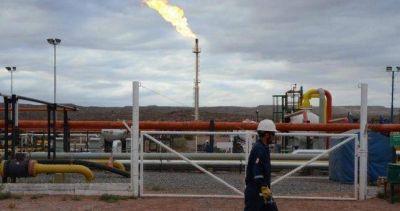 Petroleros paralizan empresas contratistas de YPF y Sinopec