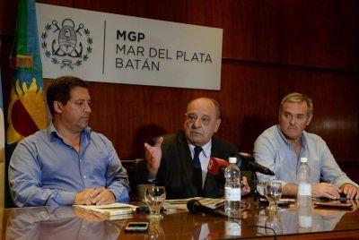 Arroyo insistió con su reelección, pero habló de Mourelle como opción