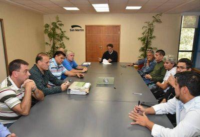 Katopodis acordó un aumento del 20 por ciento con los municipales