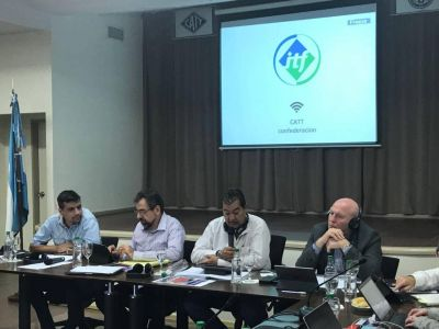 Dirigentes internacionales de gremios del transporte debatieron en la CATT