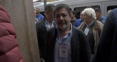 """En la previa de firmar paritarias """"amigas"""", Martinez activó la cláusula gatillo"""