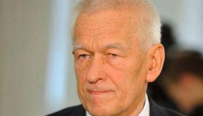 """El padre del primer ministro de Polonia dijo que """"los judíos se mudaron por su propia voluntad"""" a los Guetos"""