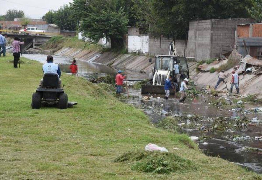 La Municipalidad retiró 60 toneladas de residuos del acceso por San Cayetano