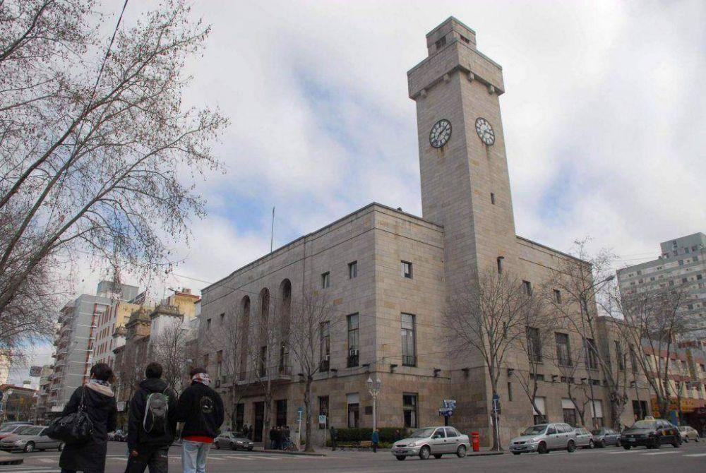 Gremios se manifestaron en contra de la quita de exenciones a las sedes sindicales