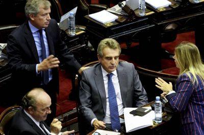 La derrota de Rossi y Cristina en el Congreso señala el fracaso de la
