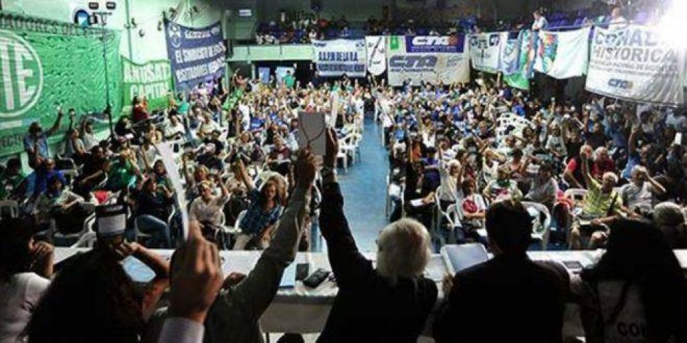 La fracción Perón avanza sobre Micheli y le quieta el control de la CTA Autónoma