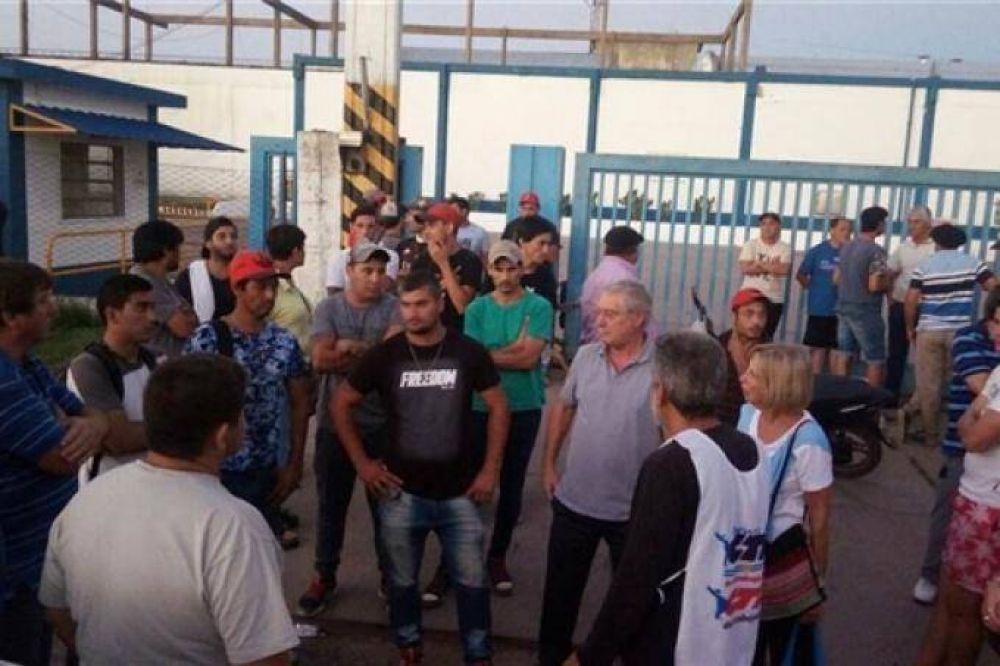 Entre rumores de compra, crece la incertidumbre de los trabajadores del frigorífico de Pehuajó