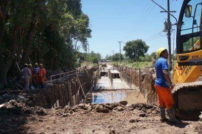 Prevén inaugurar en mayo las obras del desagüe Larrea