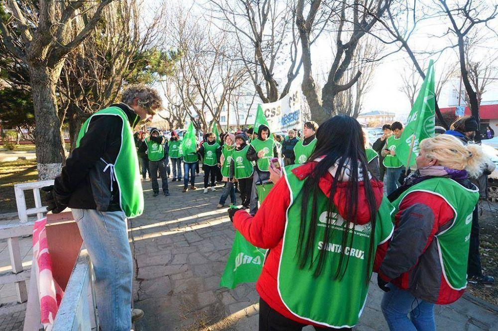 CTA Autónoma reclamó la reincorporación de los despedidos en YCRT
