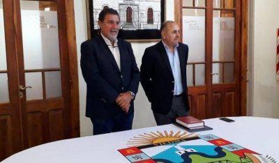 Asumió el nuevo Secretario de Turismo y Desarrollo Economico, Oscar Echeverria