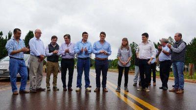 Inauguraron 46 kilómetros de asfalto en dos rutas de la provincia