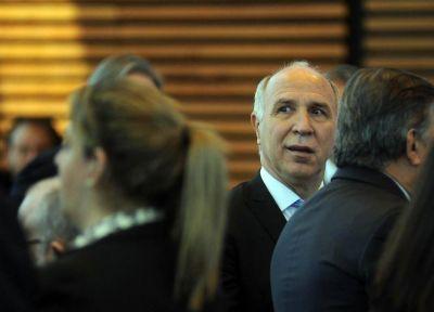 En el Gobierno dicen que Lorenzetti le mintió a Macri