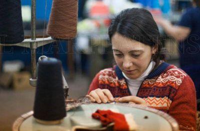 Textiles resaltan el contacto con Arroyo para reactivar la industria