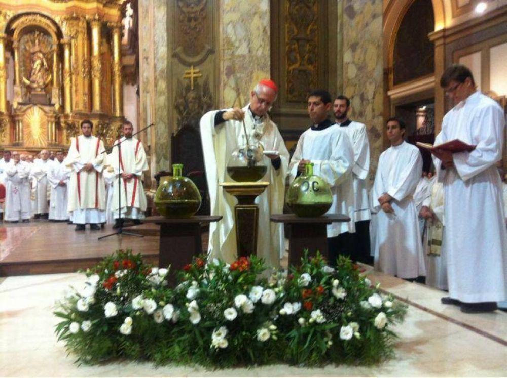 Misa Crismal: Instan a los sacerdotes a ser pastores junto a los pobres