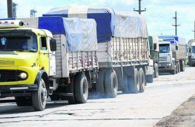 Controlarán el peso de transportes de carga en Elortondo y María Teresa