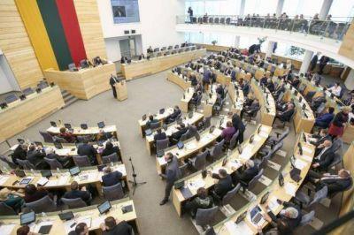 El parlamento lituano removió a un funcionario por comentarios antisemitas