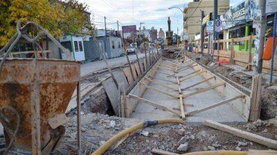 Para evitar inundaciones construyen estaciones de bombeo