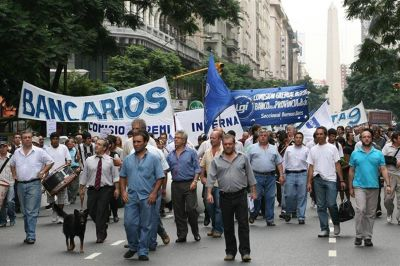 Los bancarios hacen huelga otra vez en reclamo de paritarias