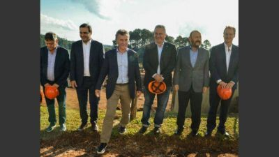 Macri afianzó vínculos con los gobernadores con el Plan Belgrano de bandera