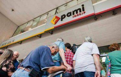 Sin atención odontológica en PAMI por deuda de 7 meses