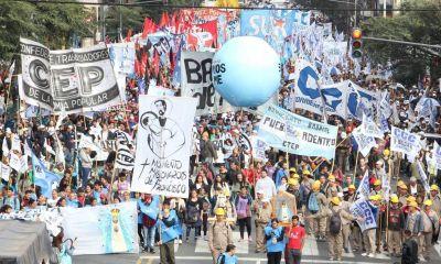 Organizaciones sociales impulsan la creación de un sindicato único del sector