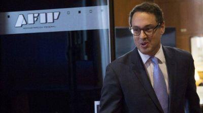 El gobierno prepara una ola de despidos en AFIP