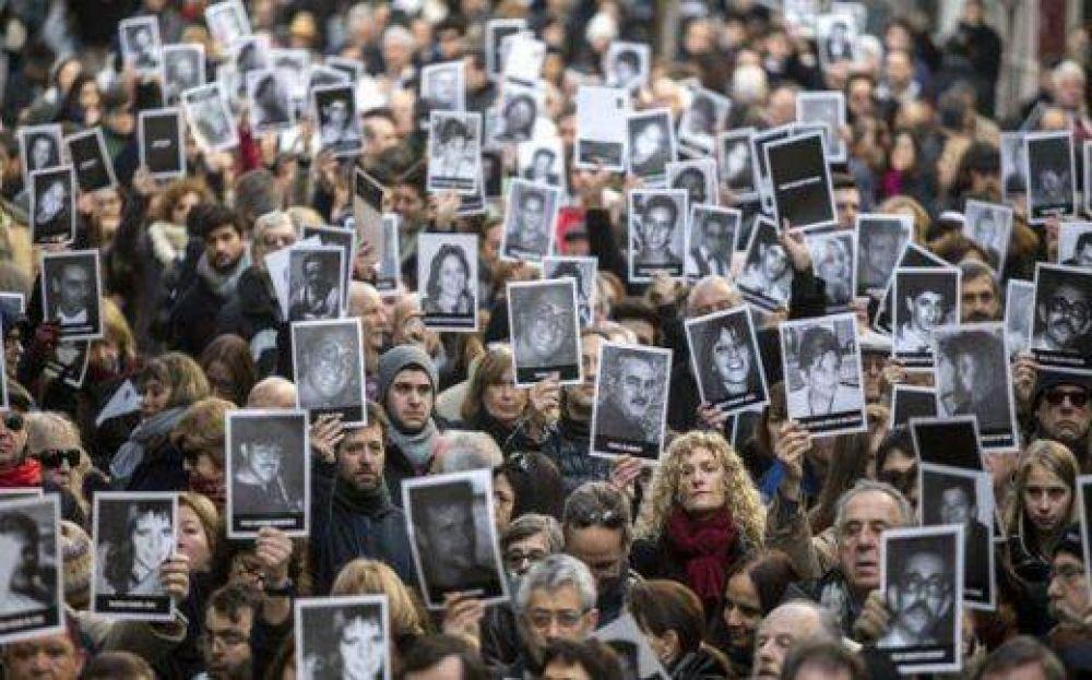 Atentado a la AMIA: ¿es posible el juicio en ausencia en un tercer país?
