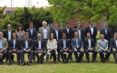 Vidal y su gabinete toman un