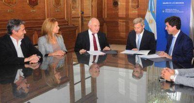 La Provincia firmó con Nación convenios para obras hídricas claves