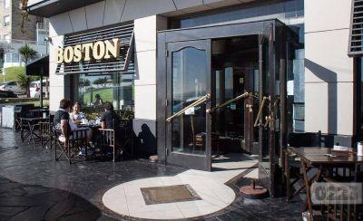 """Ante la falta de pagos, los trabajadores de la Boston realizan un paro """"por tiempo indeterminado"""""""