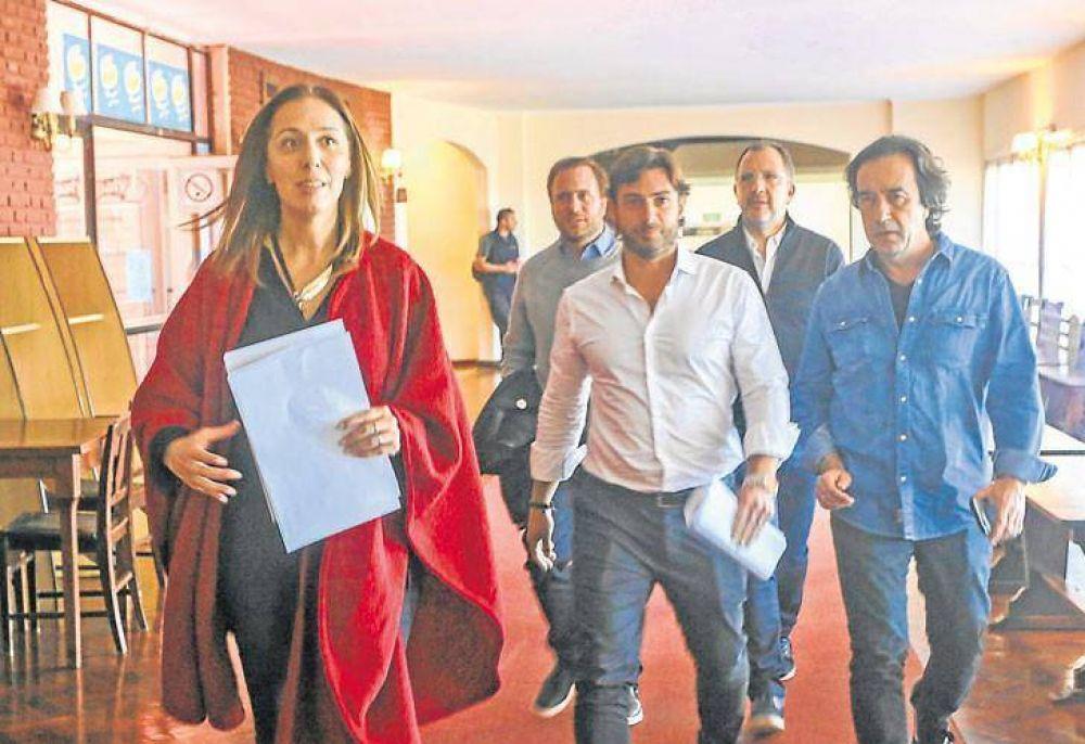 Sin poner foco en candidaturas, Vidal derrochó optimismo