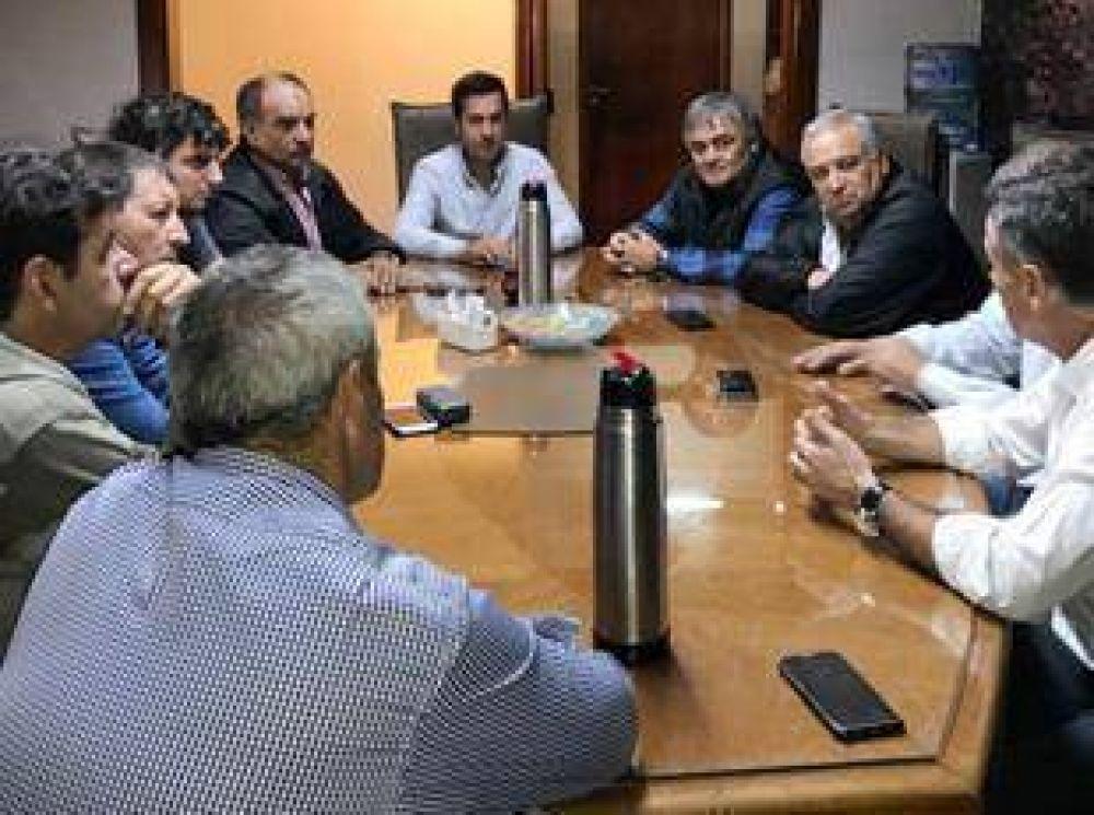 La Mesa Sindical Portuaria mantuvo un encuentro con Arturo Rojas