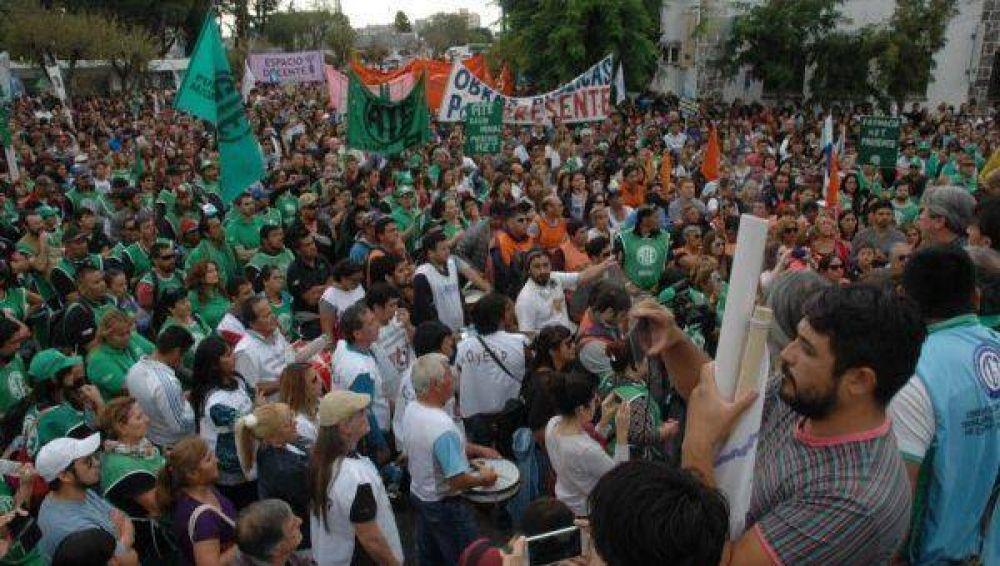 Los estatales de Chubut lanzaron otro paro de 48 horas