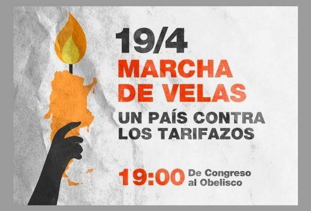 Marcha de velas, un país contra los tarifazos