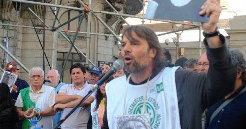 """""""Barrionuevo representa todo lo que no se quiere dentro del sindicalismo"""""""