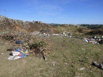 Acumulación de residuos en Villa Cordobita