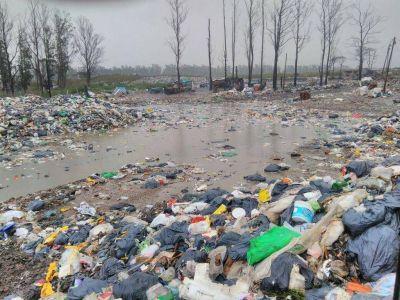 "Tecsan advirtió que abandonará la operación del predio de residuos de manera ""inexorable"""