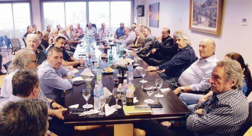 """Efecto Moyano: """"gordos"""" analizan suspender renovación de la CGT"""