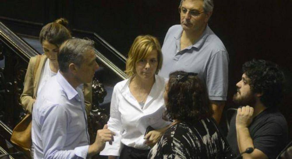 El kirchnerismo vació la sesión en provincia contra el tarifazo