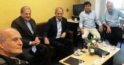 Ibarra recibió a Yasky y Micheli, prometió revisar despidos y apenas se fueron envió nuevos telegramas