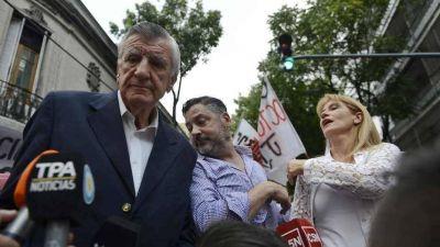 El PJ elude a Luis Barrionuevo: arma actos y espera un fallo por la intervención