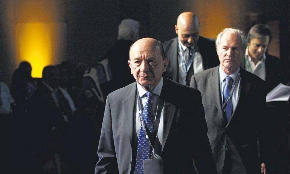 """Cencosud comanda la catarsis de las """"viudas"""" del acuerdo Gobierno-Carrefour"""