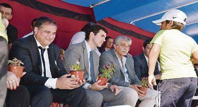 Gobernadores PJ vetan amnistía de Barrionuevo a CFK