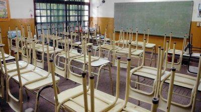 Los gremios docentes realizan otro paro y el gobierno bonaerense les descontará el día a los maestros que adhieran