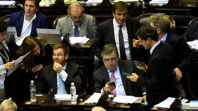 Tarifazo: Cambiemos se olvidó del diálogo y bochó los 29 proyectos de la oposición
