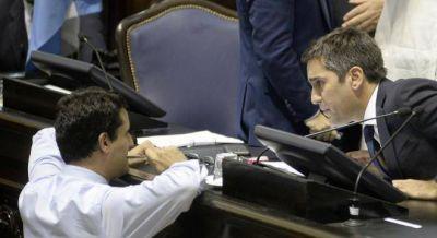 Vidal manda a discutir una nueva ley de farmacias para contener el escándalo Farmacity