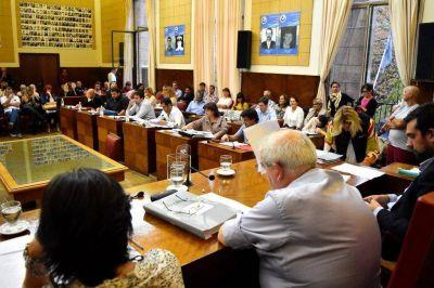 Con el voto de Cambiemos, el Concejo aprobó el incremento de tasas