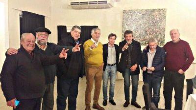 Interna K: Agustín Rossi se despega y Rodríguez Saá suma como asesor a Vaca Narvaja