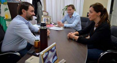 Vidal busca reforzar el vínculo con los intendentes y los visita en sus despachos