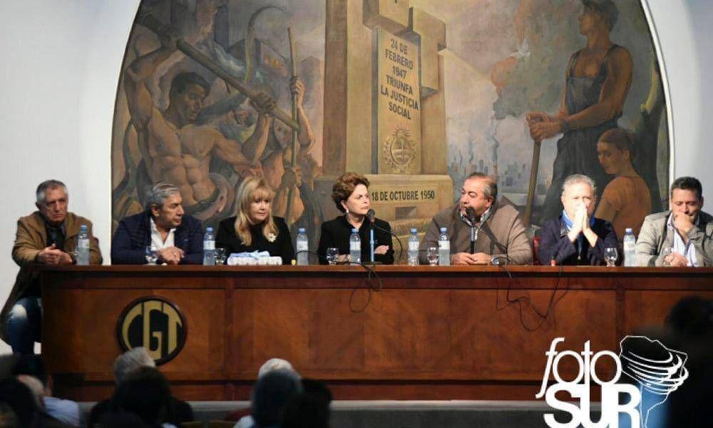 Todos unidos (menos CFK) por Lula: Dilma, Duhalde y Daer, en la CGT